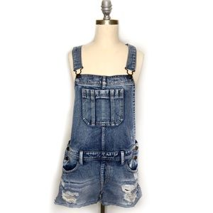 Forever 21 Distressed Denim Overall Shorts sz 31